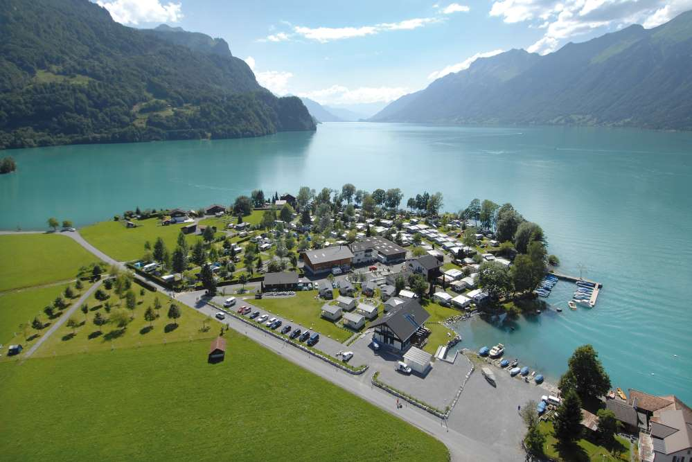 Camping Aaregg - Brienz, Switzerland: 5-star comfort campsite located right on the shores of Lake Brienz.